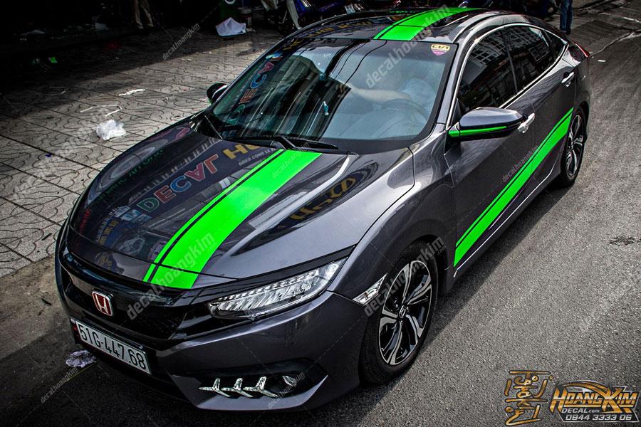 Lên mẫu tem xe Honda Civic màu đen phối xanh cực ngầu