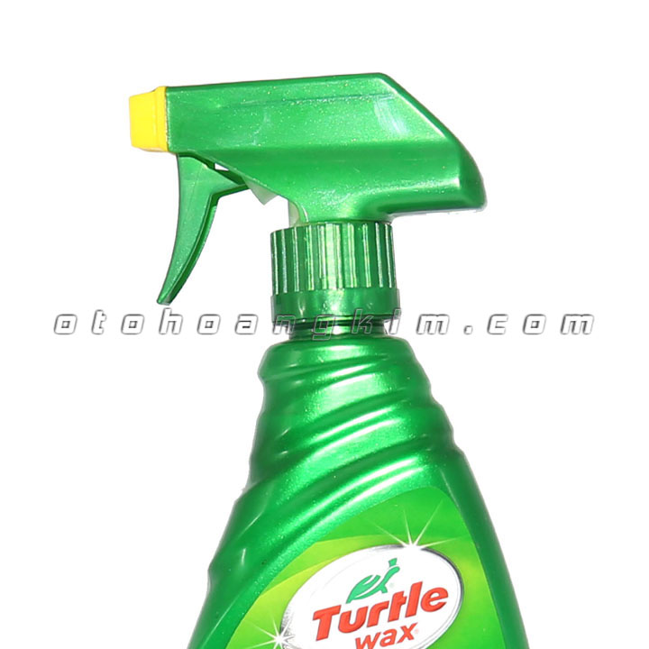 Dung dịch bảo dưỡng Turtle Wax Inside & out Protectant dưỡng nội thất 680ml