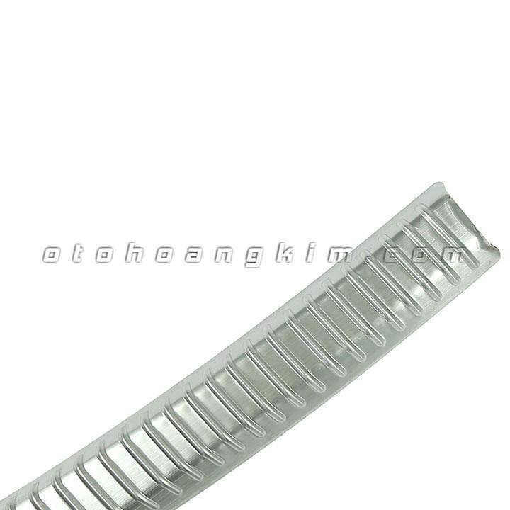 65--chong-tray-cop-nhua-i10-7749-3.jpg