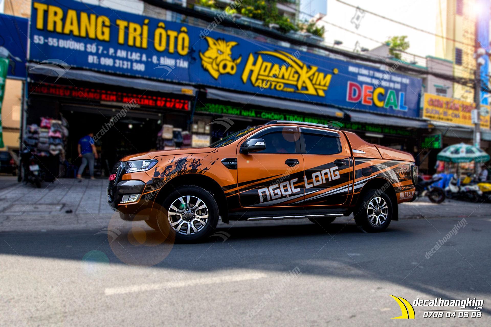 Dán Quảng Cáo Trên Xe Ô Tô - DQC175