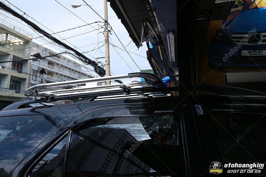 Giá nóc ô tô Toyota Fortuner
