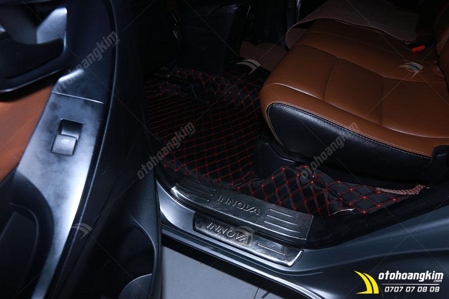 Lót sàn xe Innova