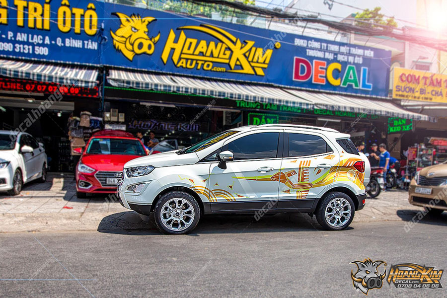 Tem xe Ford Ecosport nổi bật sang chảnh