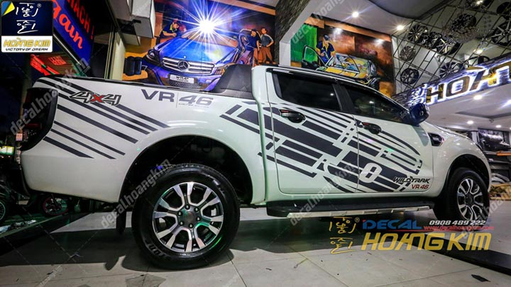 a9591815-tem-xe-ford-ranger-2017-fr03031130-1.jpg