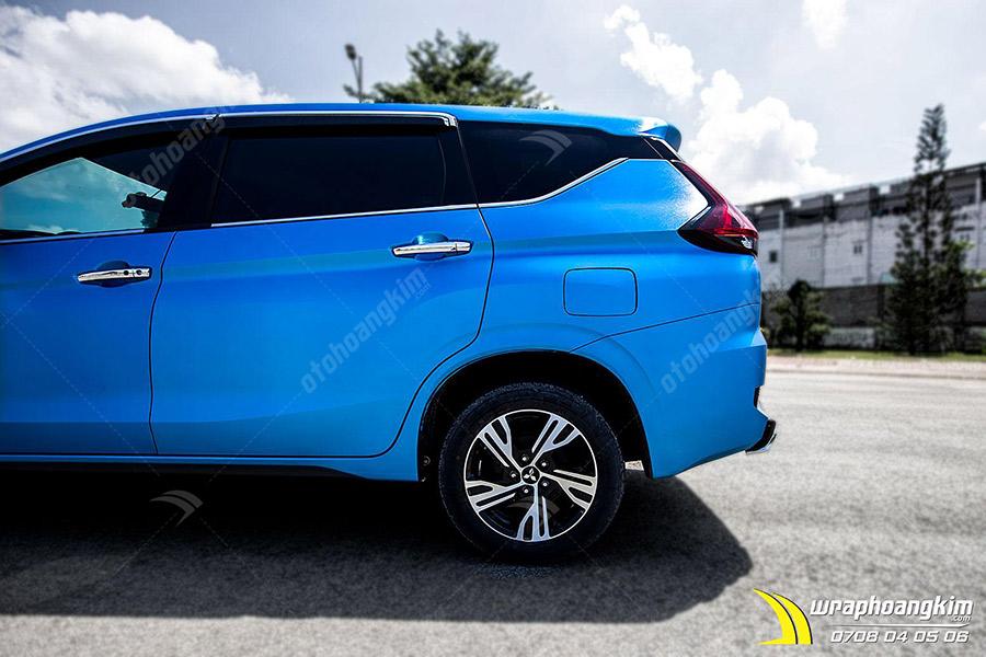 Dán đổi màu xanh nhôm xước ánh kim Mitsubishi Xpander