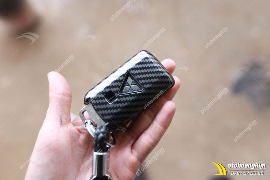 Hình ảnh thức tế bao chìa khóa ô tô Xpander chất cacbon