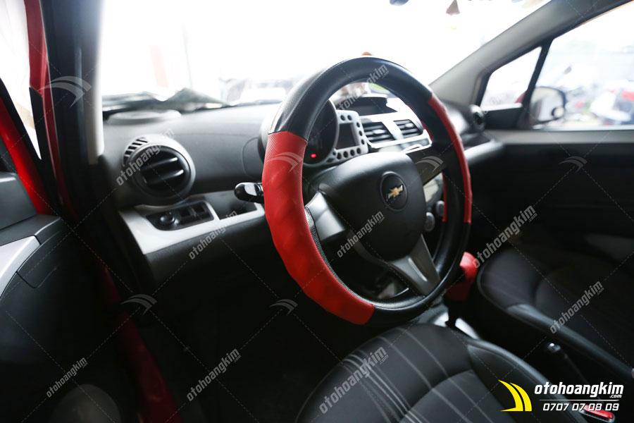 Bọc vô lăng trên xe Chevrolet Spark