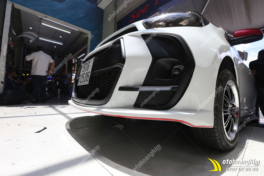 Lắp body kit ô tô Kia Morning phần cản trước