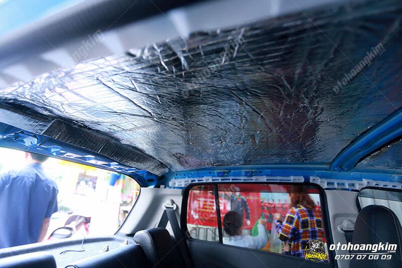 Cách âm chống ồn trên trần xe ô tô