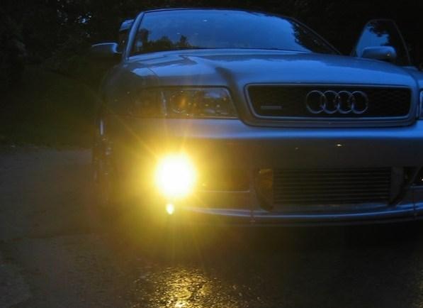 Cách sử dụng đèn ô tô đúng cách vào mùa đông