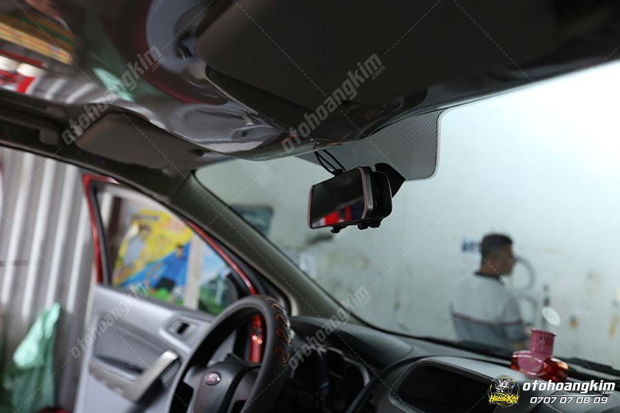 Camera hành trình trên xe Ford Ranger