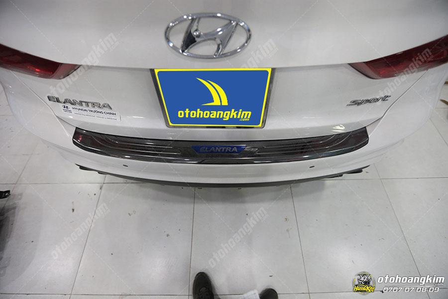 Chống trầy cốp phần sơn Hyundai Elantra