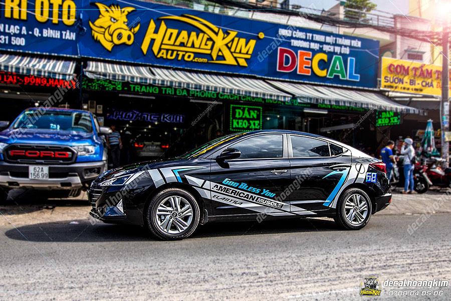 Dán decal - tem xe ô tô Elantratại Ô Tô Hoàng Kim chi nhánh Tp.HCM và Bình Dương