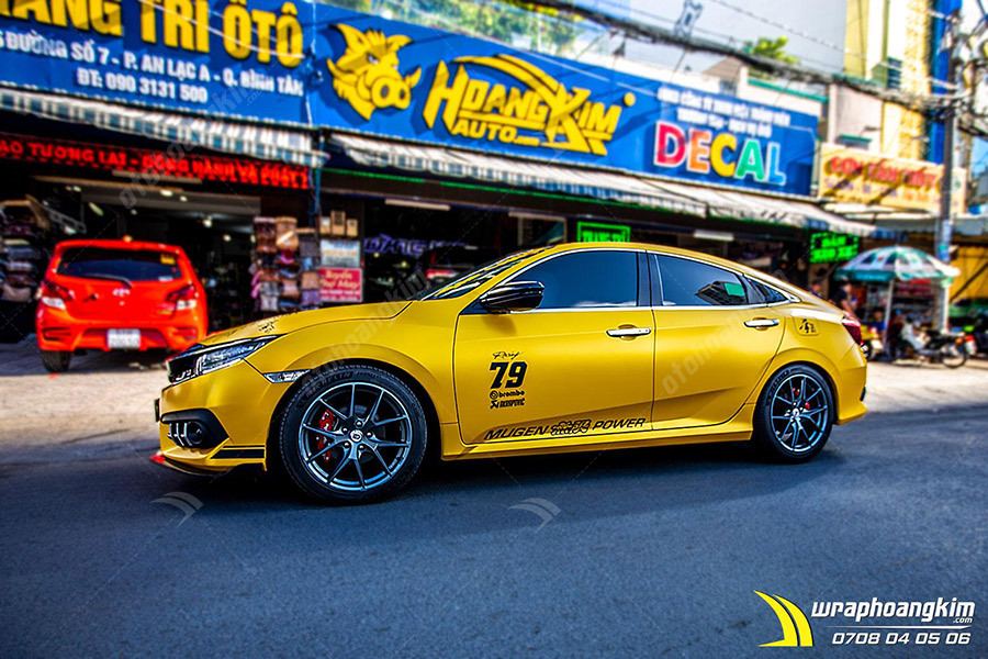 Dán đổi màu vàng mờ Honda Civic cực bắt mắt