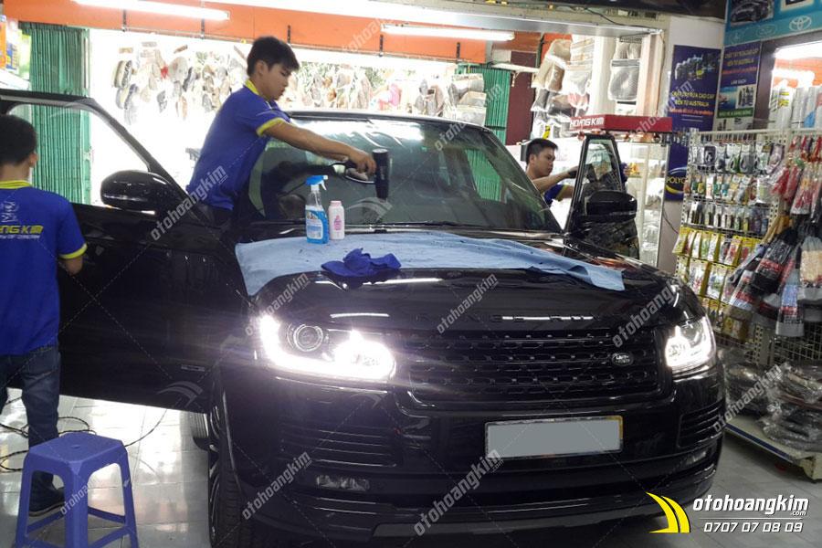 Dán phim cách nhiệt 3M cho xe Range Rover