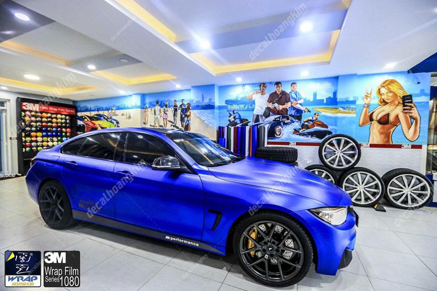 Dán đổi màu tem xe BMW cực chất chơi cho khách yêu xe