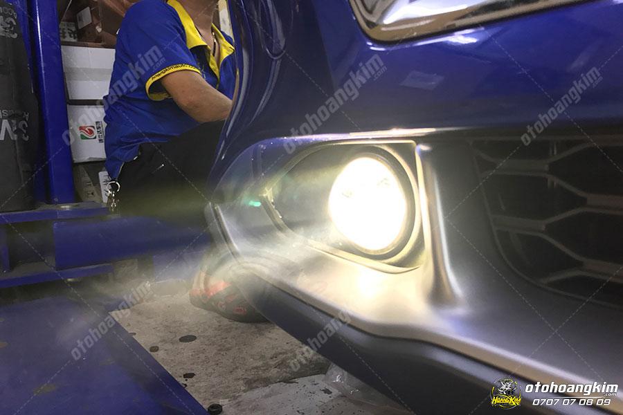 Độ đèn gầm bi xenon cho chiếc Hyundai Kona