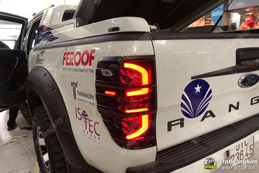 Mẫu đèn hậu ô tô Ford Ranger