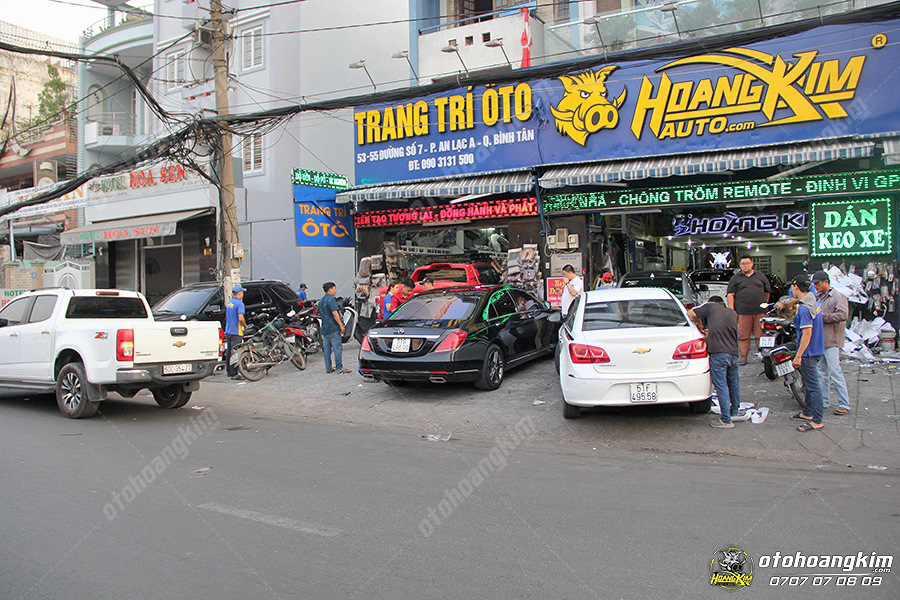 Địa chỉ Hoàng Kim lắp ốp cản sau ô tô tại Bình Tân TpHCM
