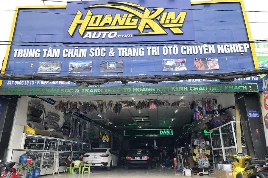Quý khách có thể đến chi nhánh Thủ Đức của Ô tô Hoàng Kim để vệ sinh nội thất ô tô