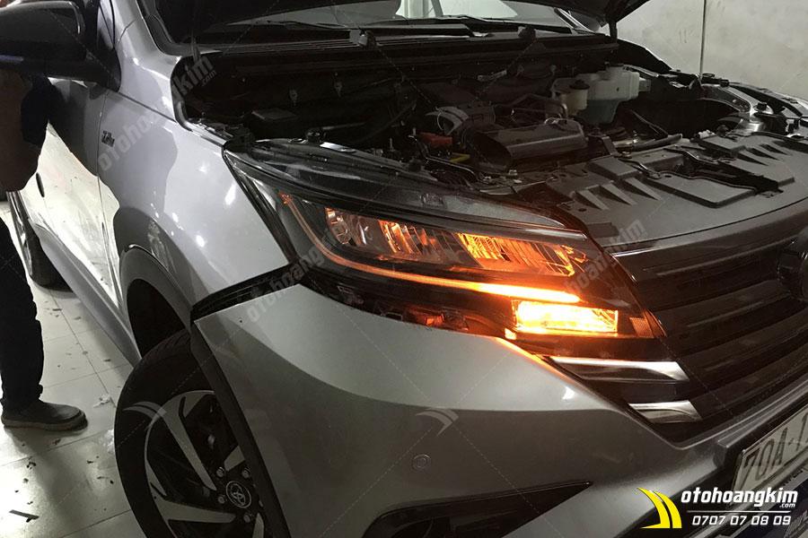 Độ đèn LED ô tô Toyota Rush