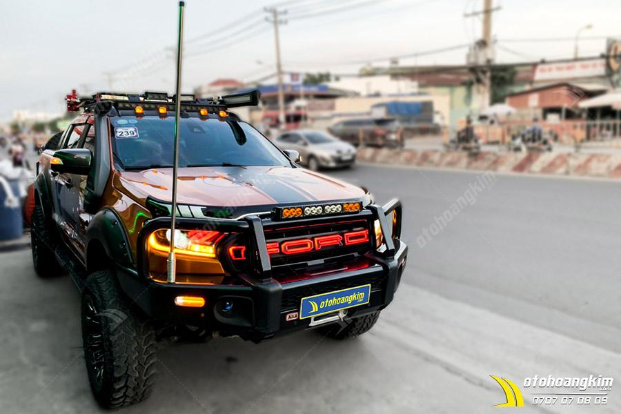 Mặt Ca Lăng Ranger Chữ Ford Đèn Led Đỏ