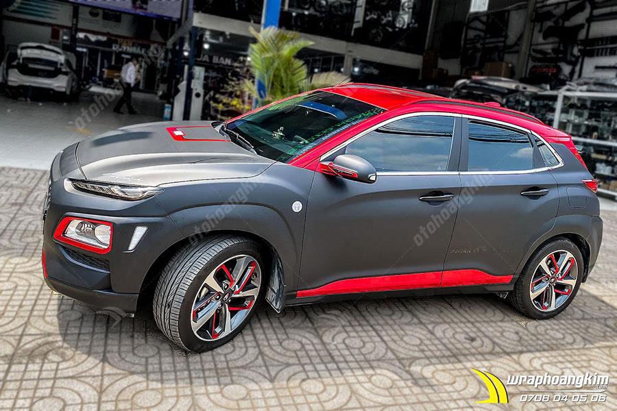 Dán đổi màu đen mờ Hyundai Kona