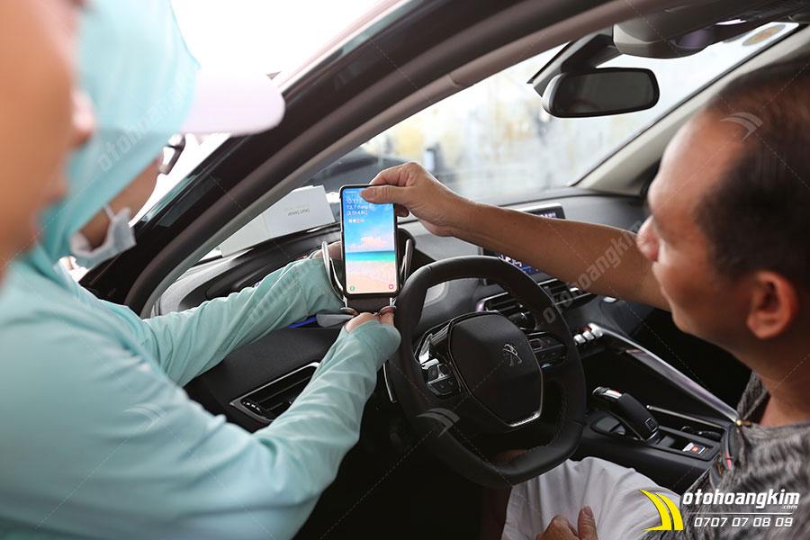 Giá đỡ điện thoại Peugeot 5008 - Linh kiện nội thất ô tô