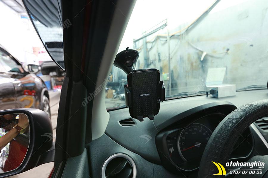 Giá đỡ điện thoại trên ô tô Suzuki