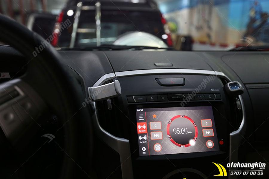 Giá đỡ điện thoại trên ô tô Isuzu Mux