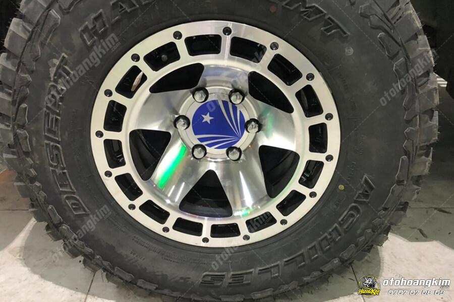 Lazang ô tô hầm hố của chiếc Ford Ranger