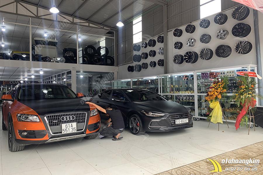Linh kiện ngoại thất ô tô giúp xe tăng độ thẩm mỹ hàng chính hãng tại Ô Tô Hoàng Kim chi nhánh Tp.HCM và Bình Dương