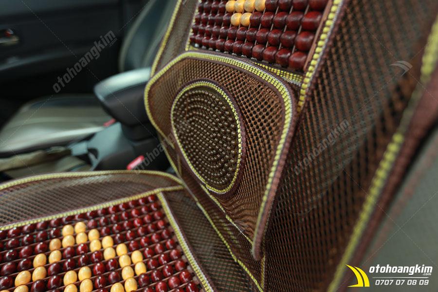 Sản phẩm lót ghế ô tô hạt gỗ