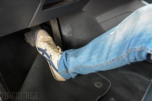 Lưu ý khi chọn, sử dụng thảm lót sàn ô tô