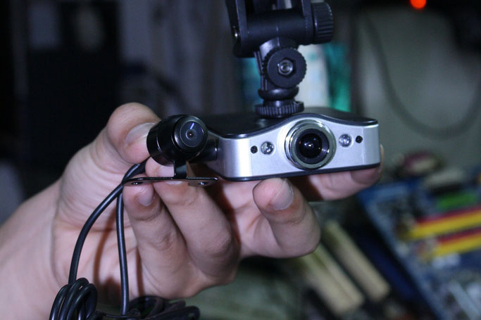 luu-y-khi-mua-camera-hanh-trinh-cho-xe-o-to-1-5363.jpg