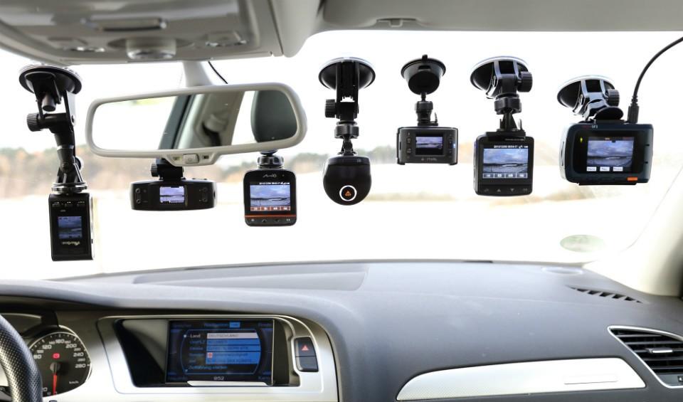 Lưu ý khi mua camera hành trình cho xe ô tô