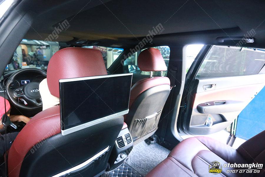 Màn hình gối đầu ô tô Kia Cerato