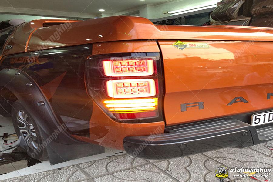 Mẫu đèn hậu ô tô Ford Ranger 1
