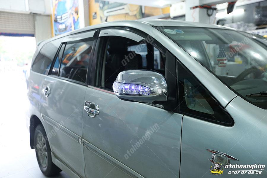 Motor gập gương giúp xe qua những đoạn đường hẹp tránh va chạm