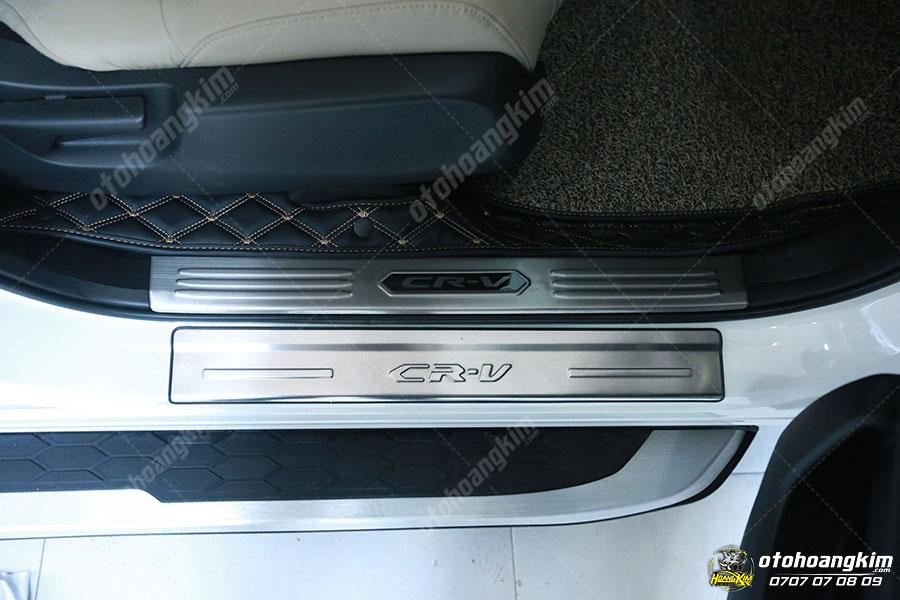 Nẹp bước chân ô tô phần sơn Honda CRV