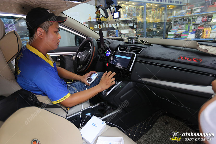 Mua màn hình DVD ô tô tại Hoàng Kim sẽ được lắp đặt miễn phí