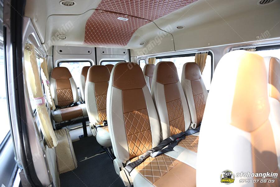 Ô tô Hoàng Kim thực hiện combo bọc ghế và bọc trần ô tô 5D