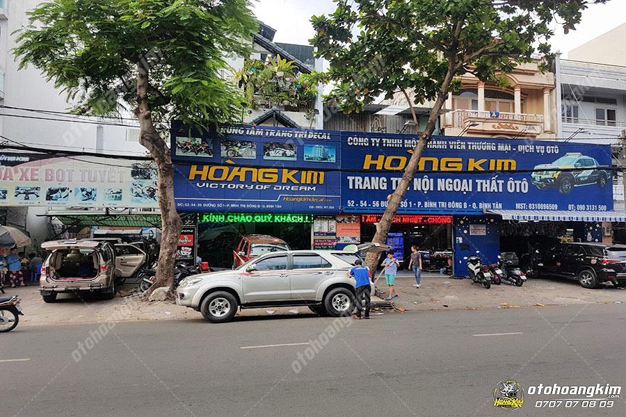 Hoàng Kim là địa chỉ chuyên bán nẹp chống va đập cánh cửa ô tô