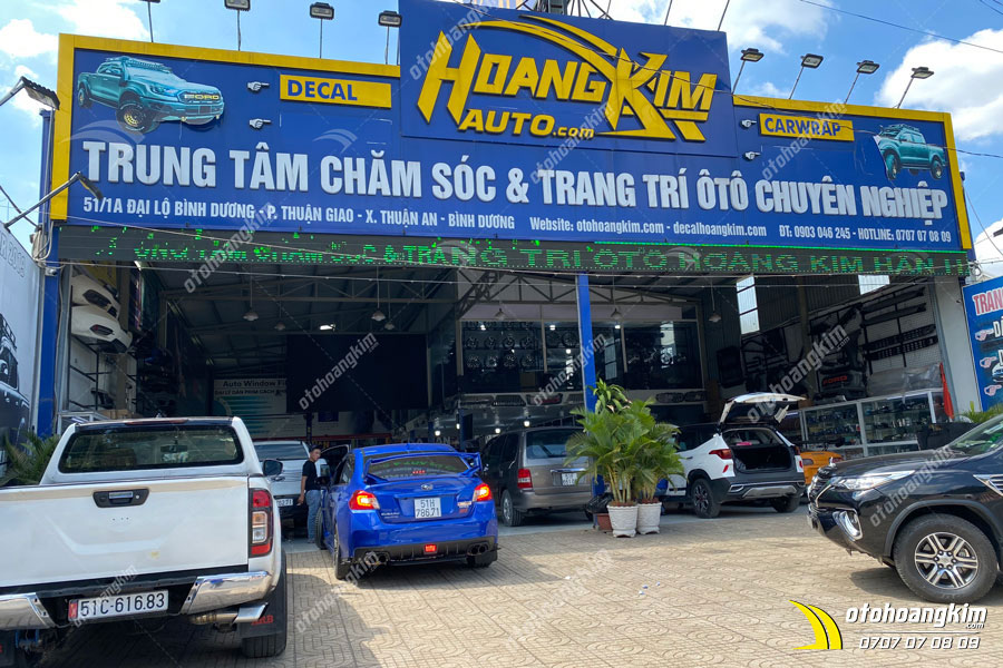 Chi nhánh ô tô Hoàng Kim lắp thanh baga mui cao chuyên nghiệp