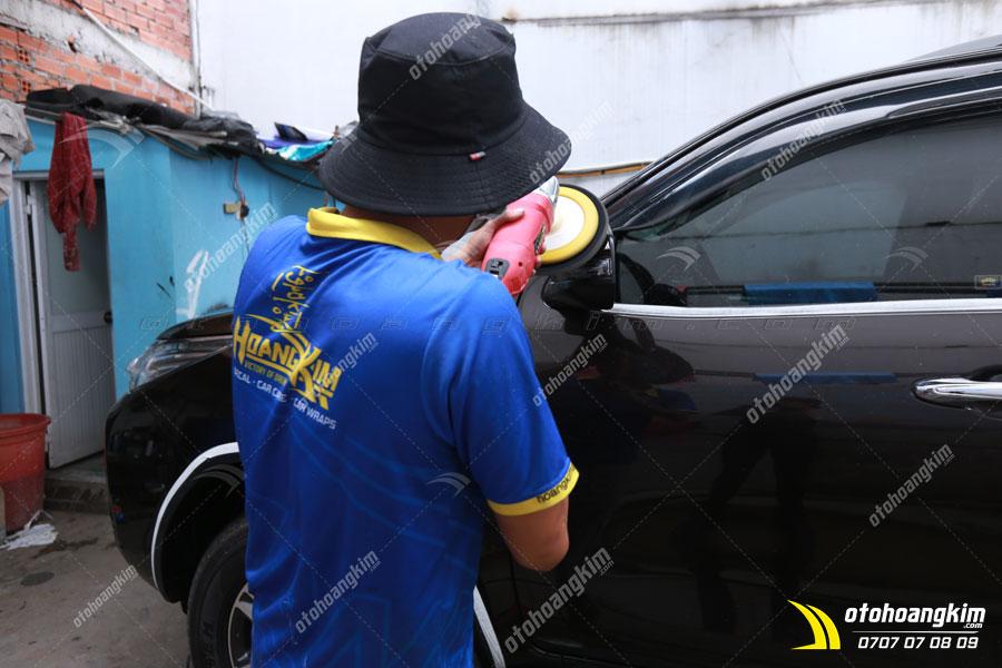Ô tô Hoàng Kim chuyên đánh bóng, xử lý vết xước xe ô tô
