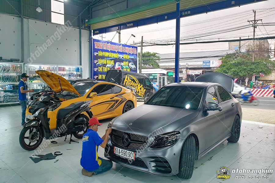 Ô tô Hoàng Kim cung cấp dịch vụ trang trí xe hơi chuyên nghiệp