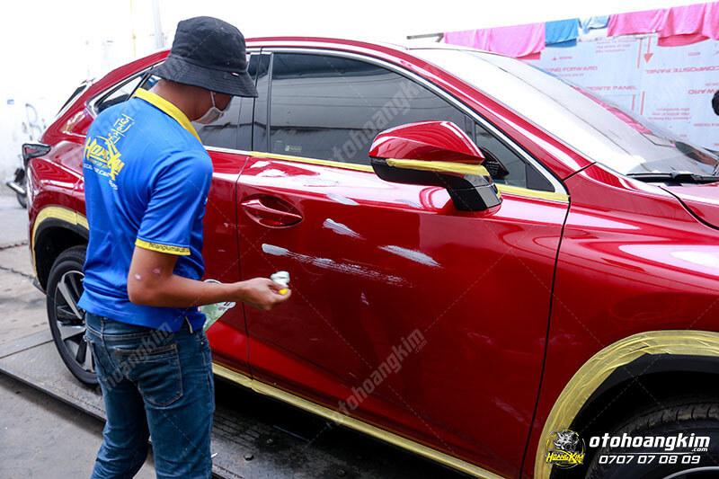 Ô tô Hoàng Kim chuyên phủ nano làm mới ô tô