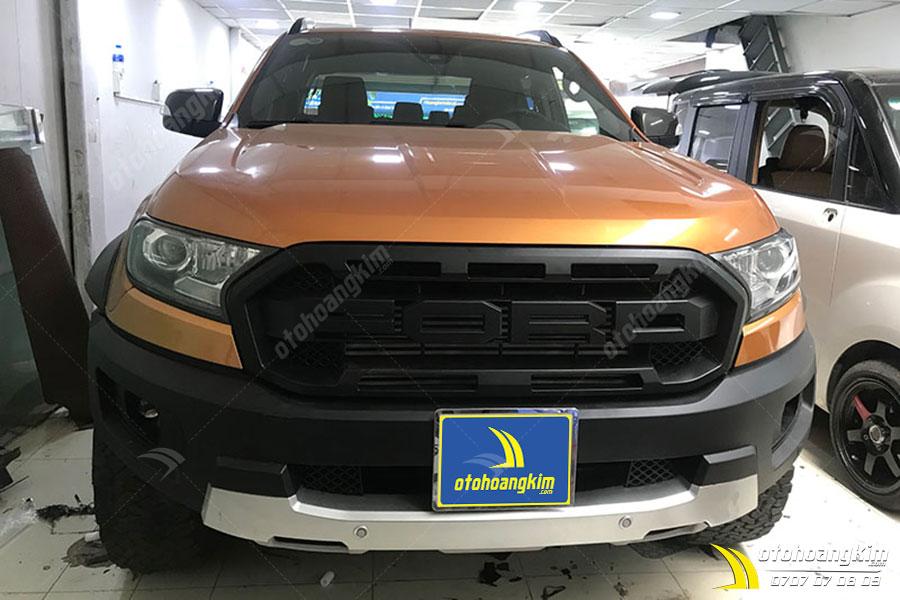 Ốp cản trước ô tô Ford Ranger