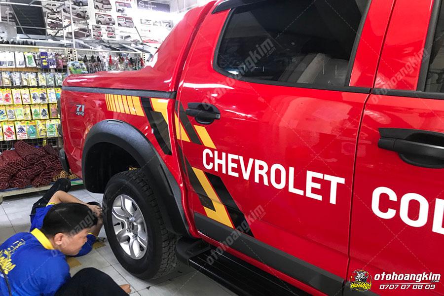 Ốp cua lốp - Đồ chơi bán tải Chevrolet Colorado