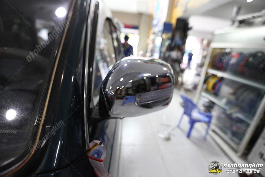 Ốp gương chiếu hậu ô tô Ford Everest